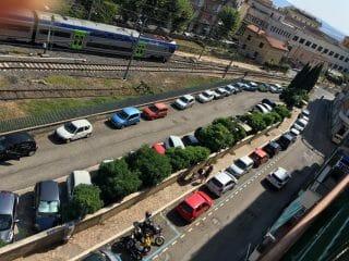 Parcheggi su strisce blu - Via Bombieri - Bracciano - 2