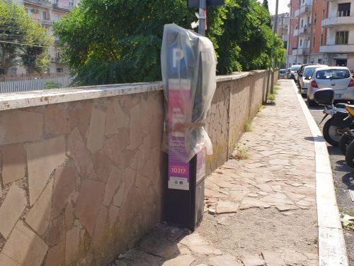 Parcheggi e strisce blu: dietrofront del Comune di Bracciano